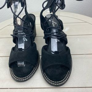 Free People Shoes - Free People Lennon Black Lace Up Sandals Size 37
